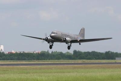 Rosinenbomber DC 3