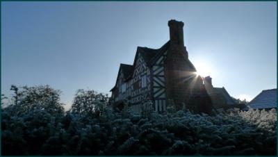 langley-gate-house.jpg